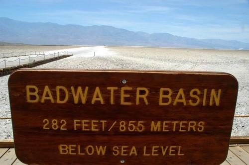 28 R66 182 Death Valley