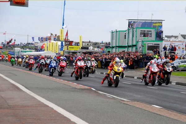 La North West 200 y los Dunlop. Esencia De Carreras