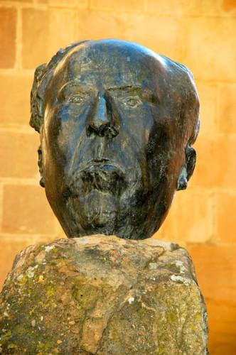 Soria Escultura a Antonio Machado