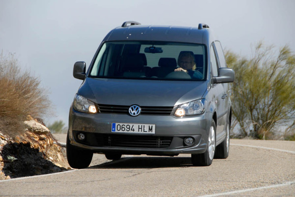 VW Caddy 20 Tdi 110 CV 4motion Trendline 13