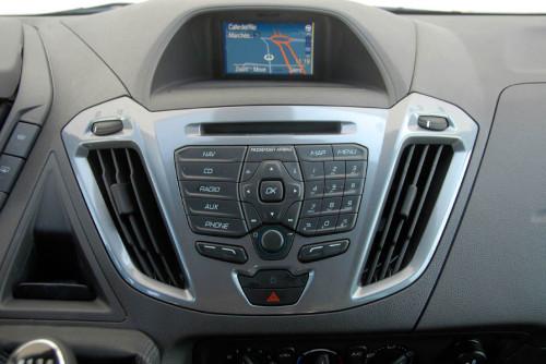 Ford Tourneo Custom 06