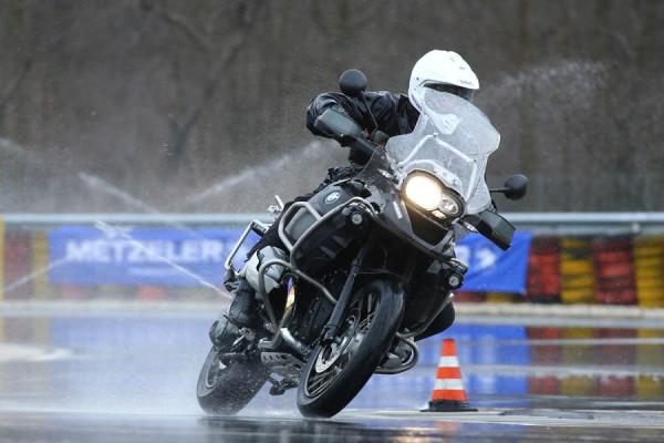 Metzeler se reencuentra con los BMW Riders en su encuentro anual