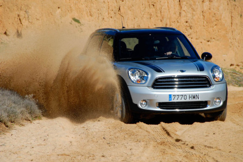 Mini Countryman 13