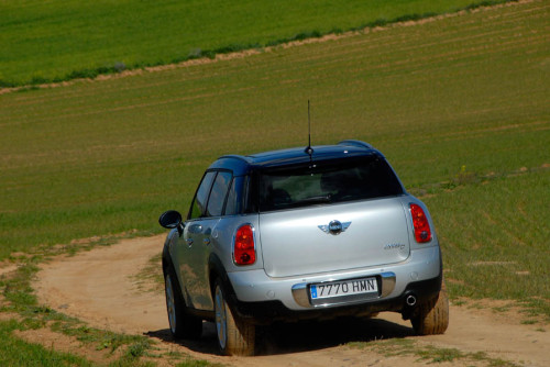 Mini Countryman 23